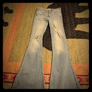 Brand new never warn Hollister high wastest jeans